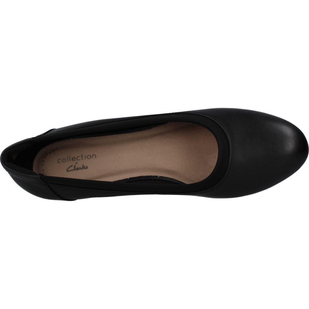 perfil Te mejorarás isla  CLARKS MALLORY BERRY NEGRO Zacaris zapatos online.
