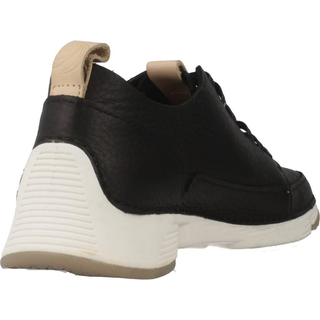 CLARKS TRI SPARK. BLACK NUBUCK NEGRO Zacaris zapatos online.