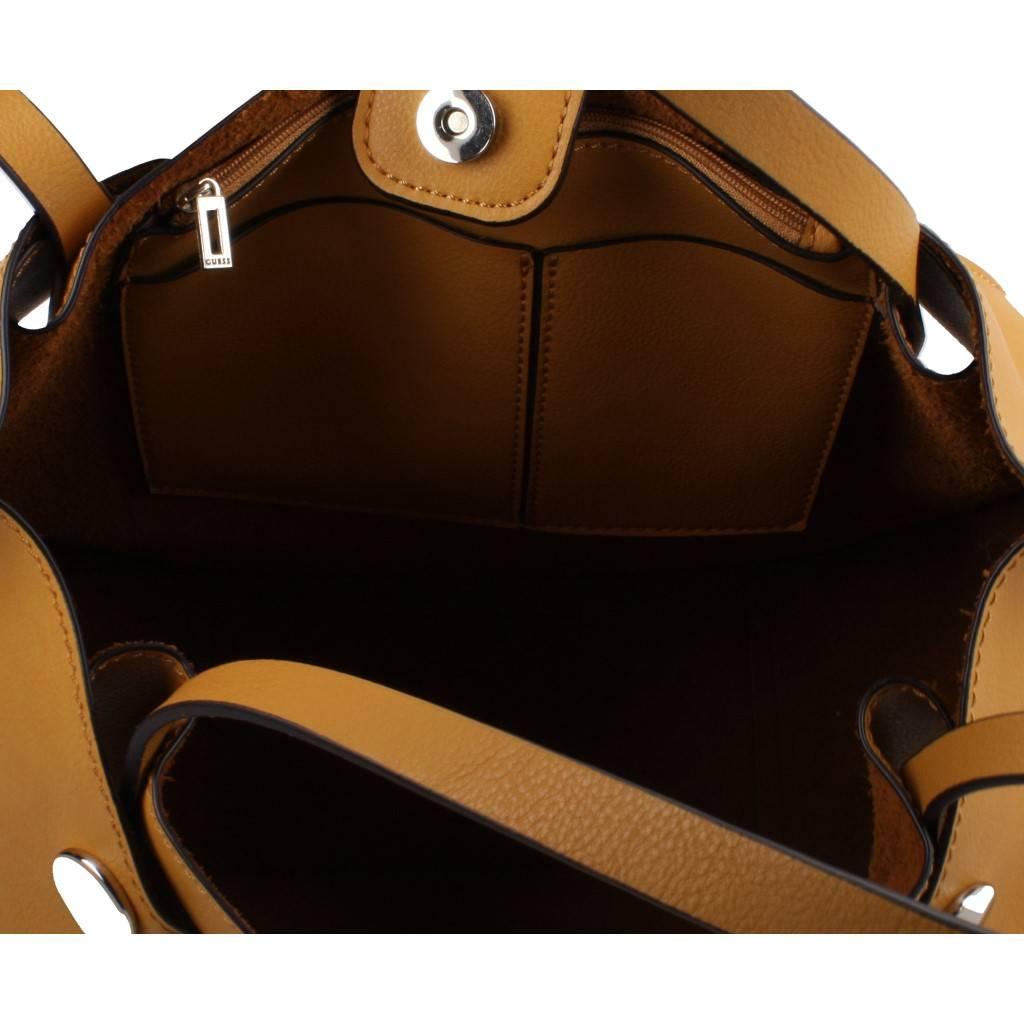GUESS HWVG67 MARRON Zacaris zapatos online.
