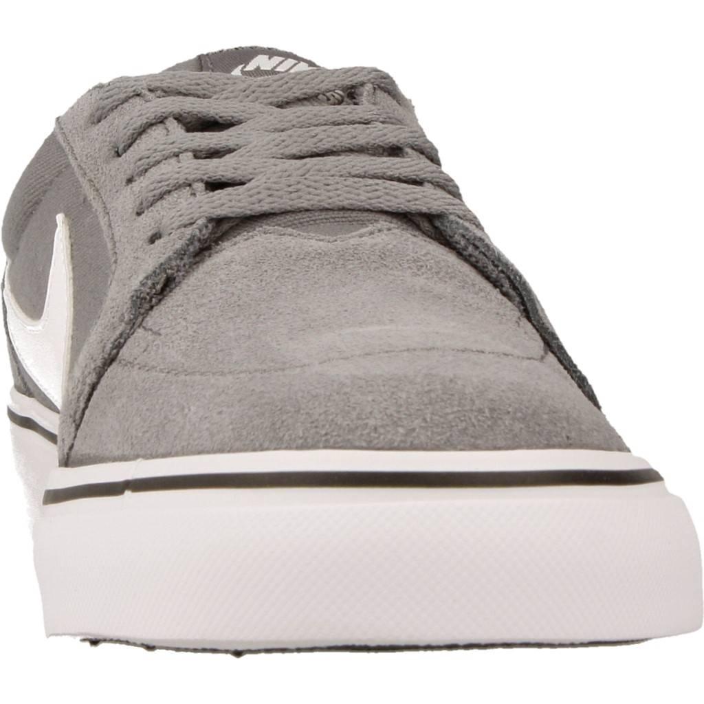 new product 94bab 89ca5 NIKE. SATIRE II (GS) Talla 38 GRIS Zacaris zapatos online.
